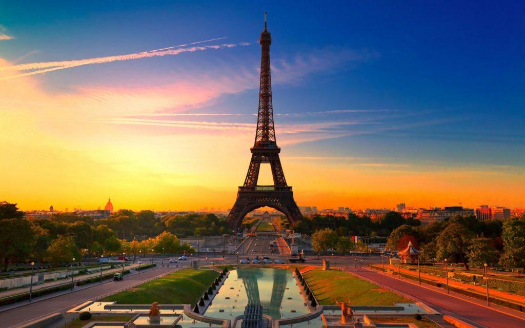 Pigus skrydziai i Paryziu